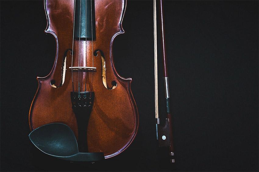 La Danse macabre di Saint-Saëns e il violino scordato della morte
